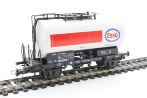 Roco 46138  Tanker wagon of the ESSO - The Scuderia 46
