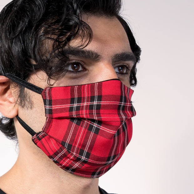 CD PLEATED FACE MASK - RED PLAID