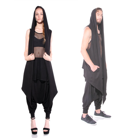 POINTY HOODED CAPE - UNISEX