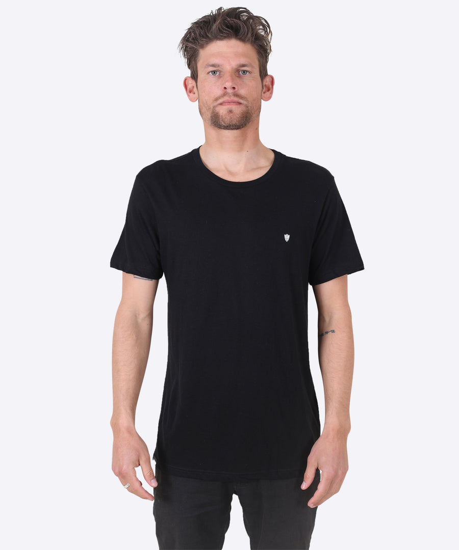 V-SHIELD TEE - BLACK (CREW)