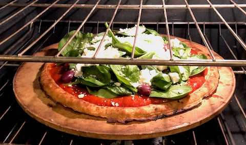 Pizza in oven - EasyKale recipes