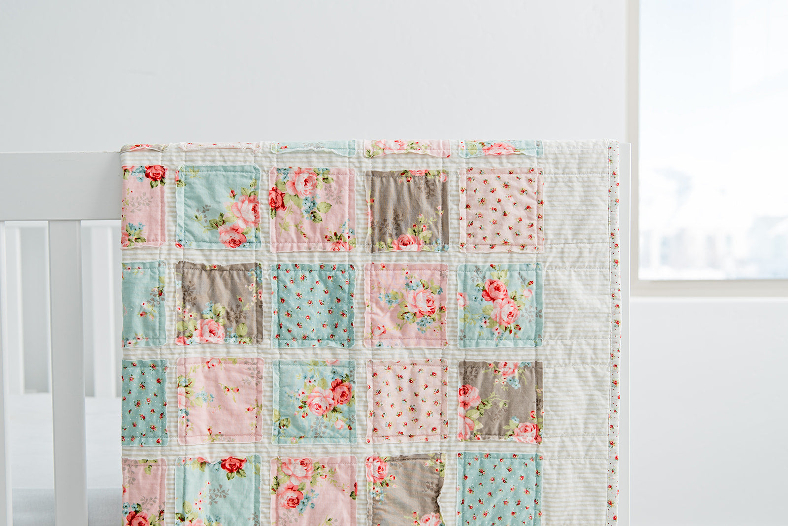 sugar-owl-design-handmade-quilts-and-baby-blankets-beautiful-baby-girl-room