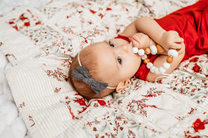 best-christmas-gifts-for-new-babies-red-first-christmas-blanket