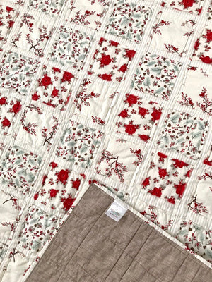 sweet-baby-cuddle-quilt-new-baby-s-first-christmas