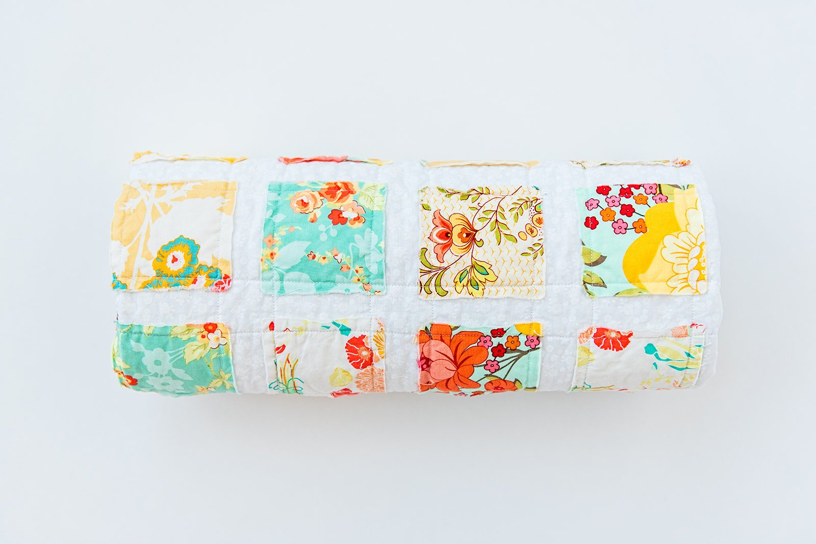 beautiful-flower-print-quilt-for-babies