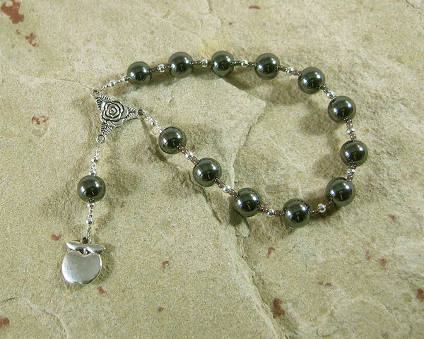 Eris (Discord) Pocket Prayer Beads in Pyrite: Greek Goddess of Discord, Strife and Rivalry - Hearthfire Handworks