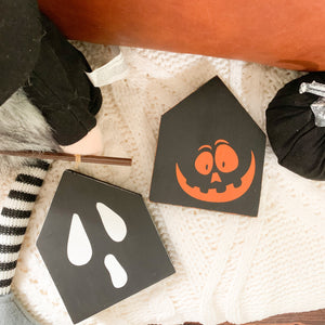 Halloween Mini Houses: Made to order.