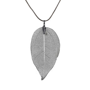 Women's Leaf Pendant Necklace - Long chain