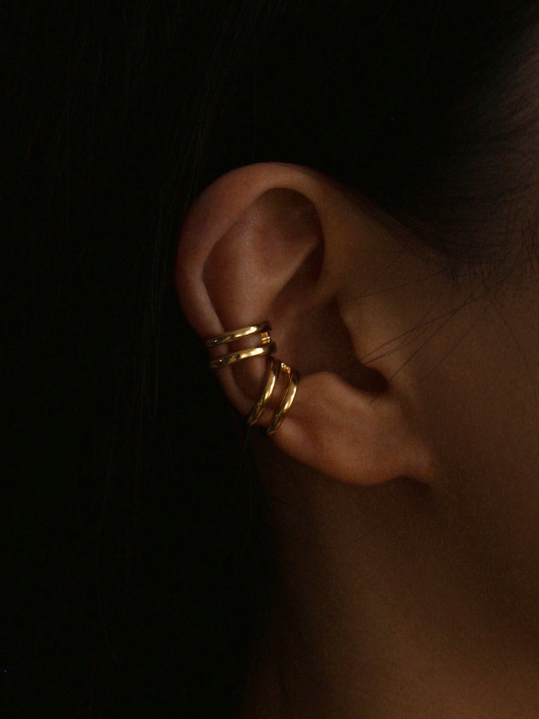 Saturn ear cuff in gold