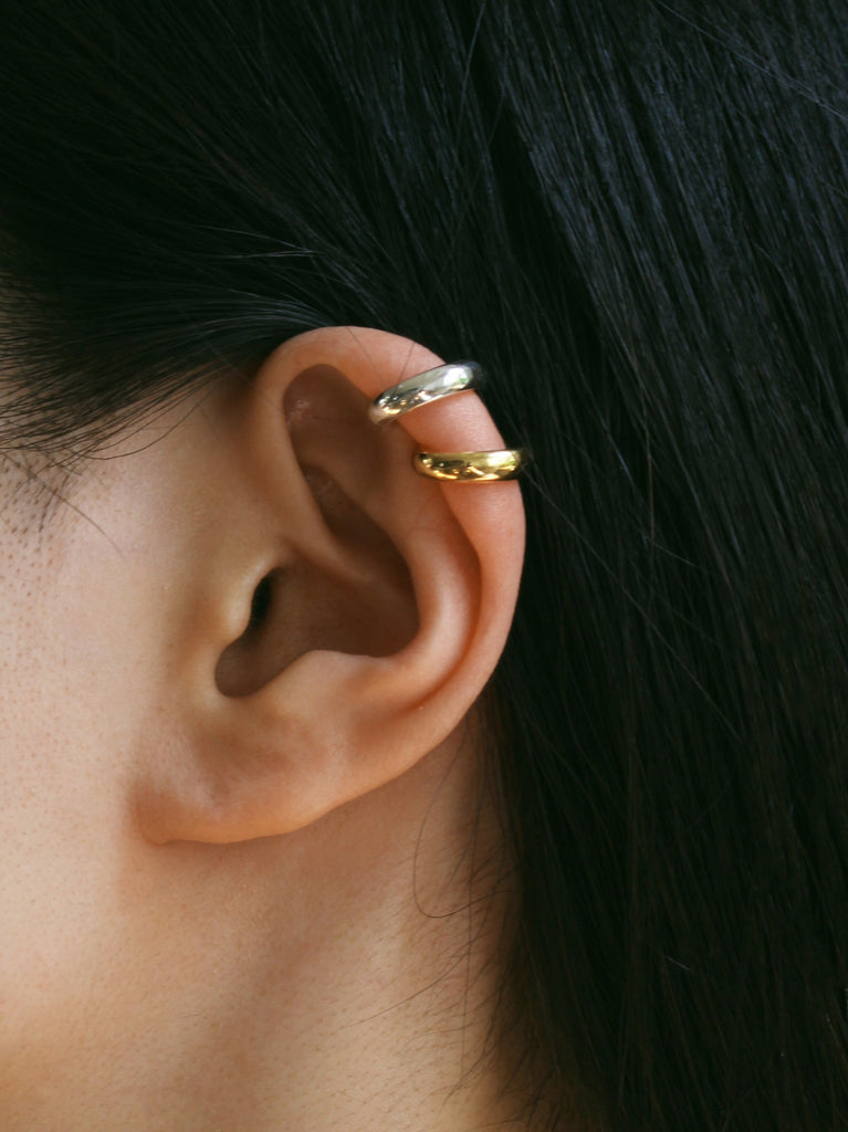 Juno ear cuff in gold