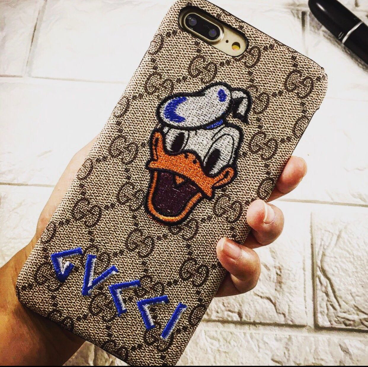 donald duck iphone 8 case