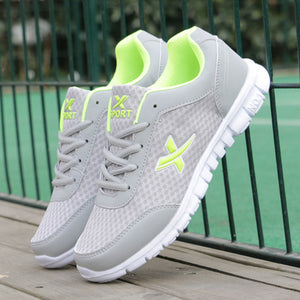 Men Sports Shoes with anti-odour Breathable Mesh best with jeans - esstey