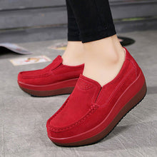 Load image into Gallery viewer, Women's Leather Flat & Thick Soled Loafers for All Seasons | Moccasins Shoes | Female Slip-on - esstey