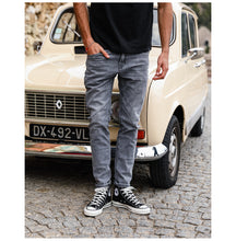 Load image into Gallery viewer, Denim Jeans For Men | Premium Quality Guaranteed - esstey