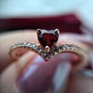 Elegant Heart Shaped Silver Ring | New Arrival 2018 - esstey