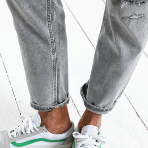 Ankle-Length Ripped Denim Trousers | Spring Summer 2018 - esstey