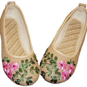 Vintage Floral Embroidery Summer Footwear | Summer Collection 2018 - esstey
