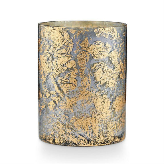 Sun-ripened citrus groves surround a blend of mandarin, grapefruit, summer fruit, and just a hint of sandalwood. Mercury glass with intricate gold-flecked detail giving each candle a beautifully variegated appearance. You'll want to keep these long after the candle is burned. Burn time 32 hours.
