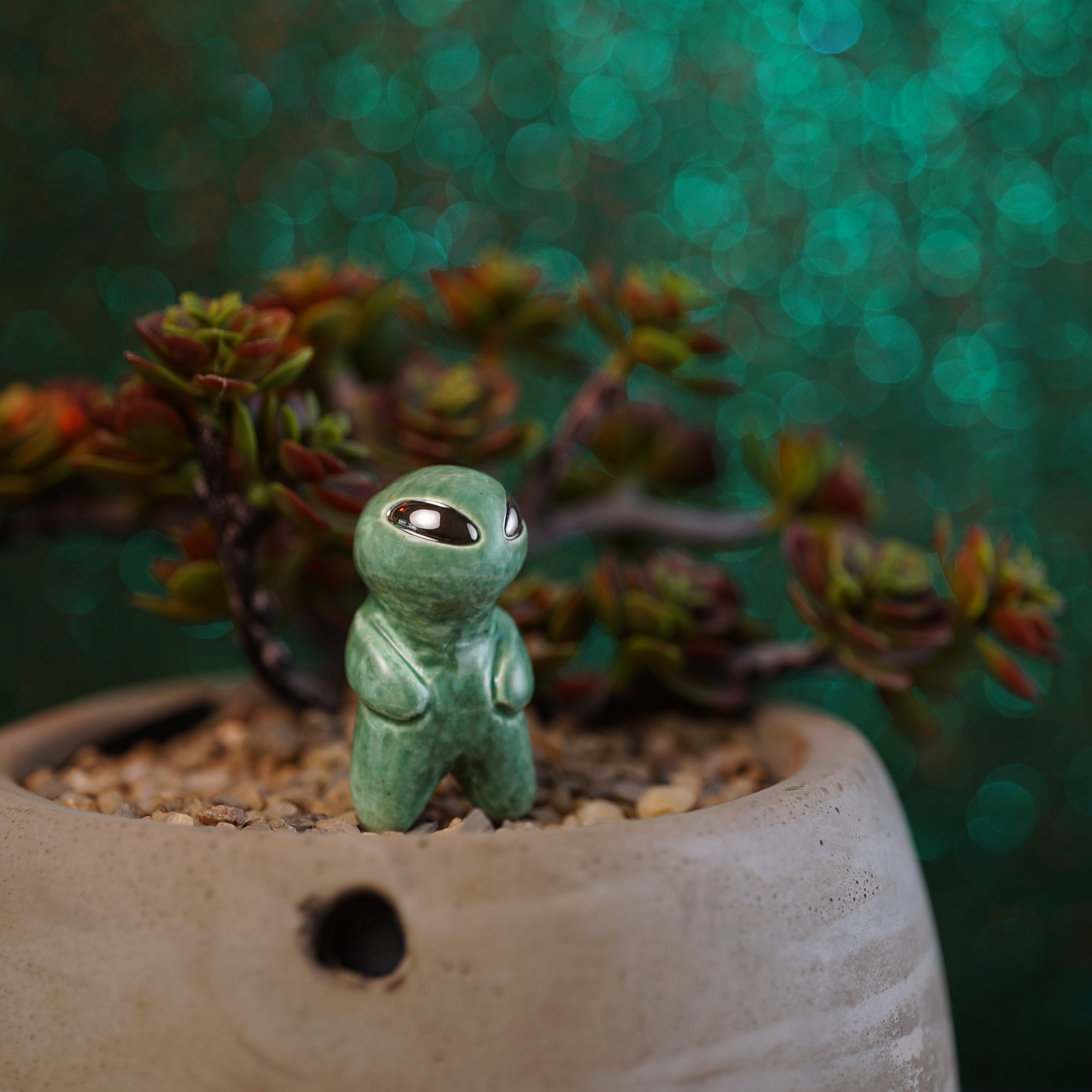 Planter Alien Figurine