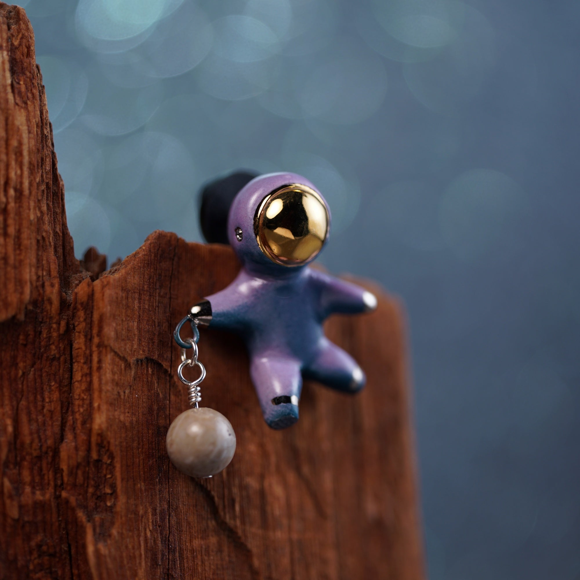 Floating Charm Astronaut Pin