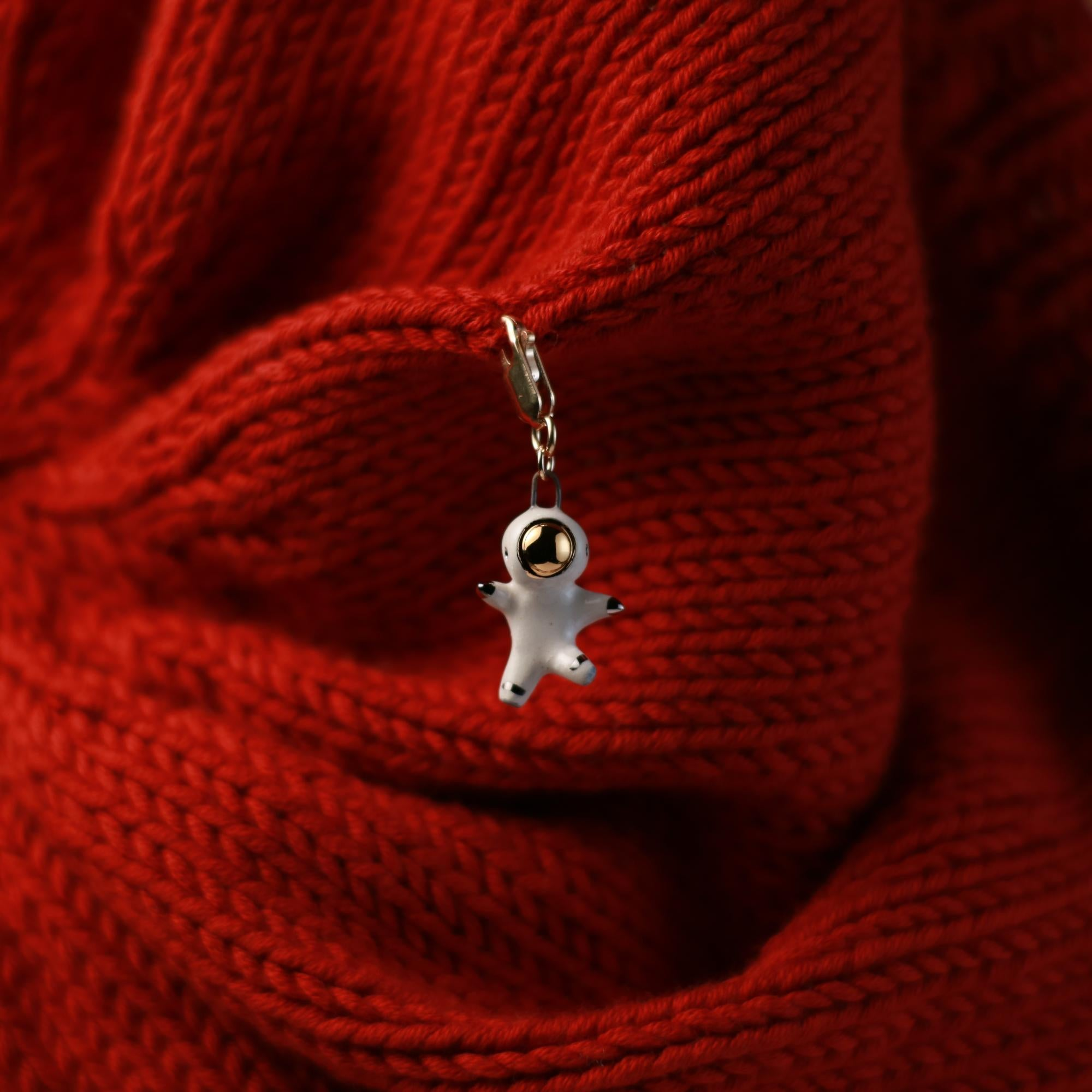 Floating Astronaut Stitch Marker