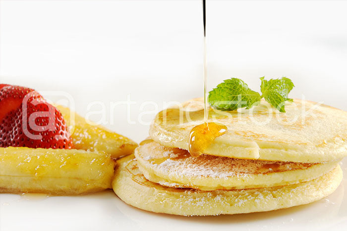 ID 113 Pancake with Honey - Artandstock
