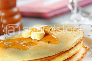 ID121 Pancake with Honey - Artandstock