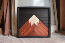 Load image into Gallery viewer, Mini Mountain // Black, Cognac, Natural