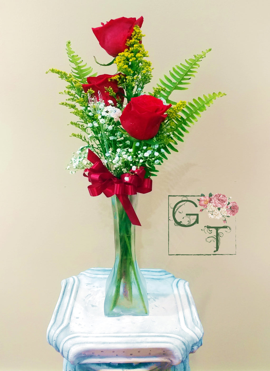 Bud Vase Arrangement (RED)
