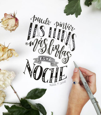 Clase de Lettering Nivel 1 por The White Pad junto a Canvas