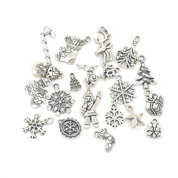 19pcs Mixed Silver Color Christmas Tree Snowflake Stocking Candy Cane Charm Pendants Decoration