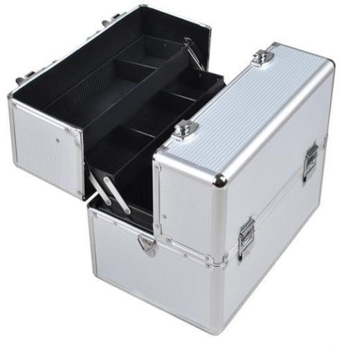 Extra Large Aluminium Cosmetic Make up/Jewellery Box - Silver