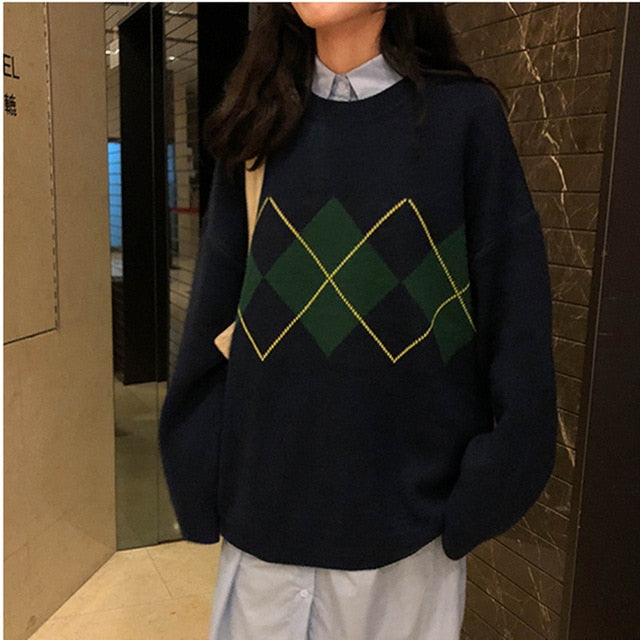 College Geometric Pattern Pullovers - Women