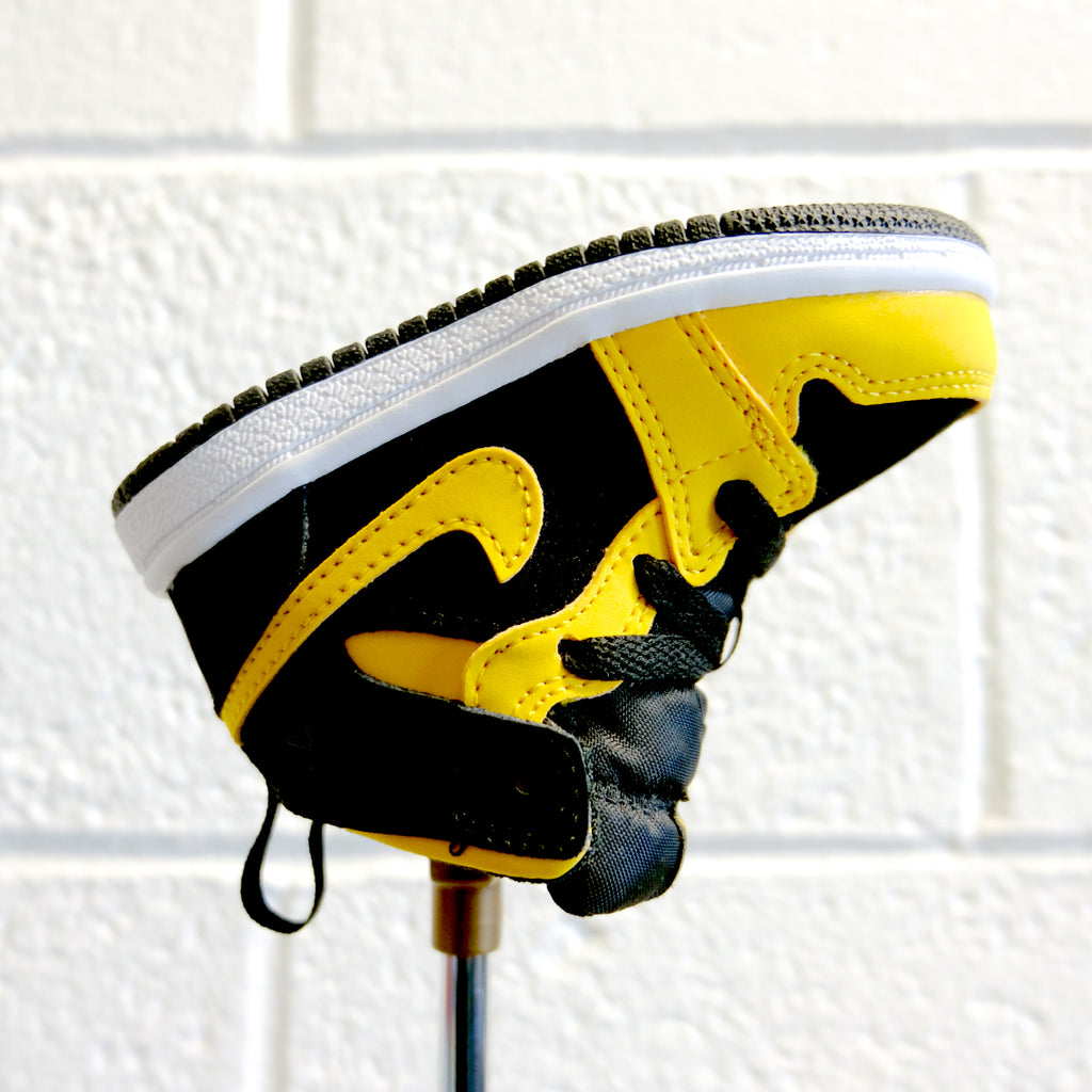 "AJ1 ""REVERSE NEW LOVE"" PUTTER HEADCOVER (BLACK / UNIVERSITY GOLD / WHITE)"