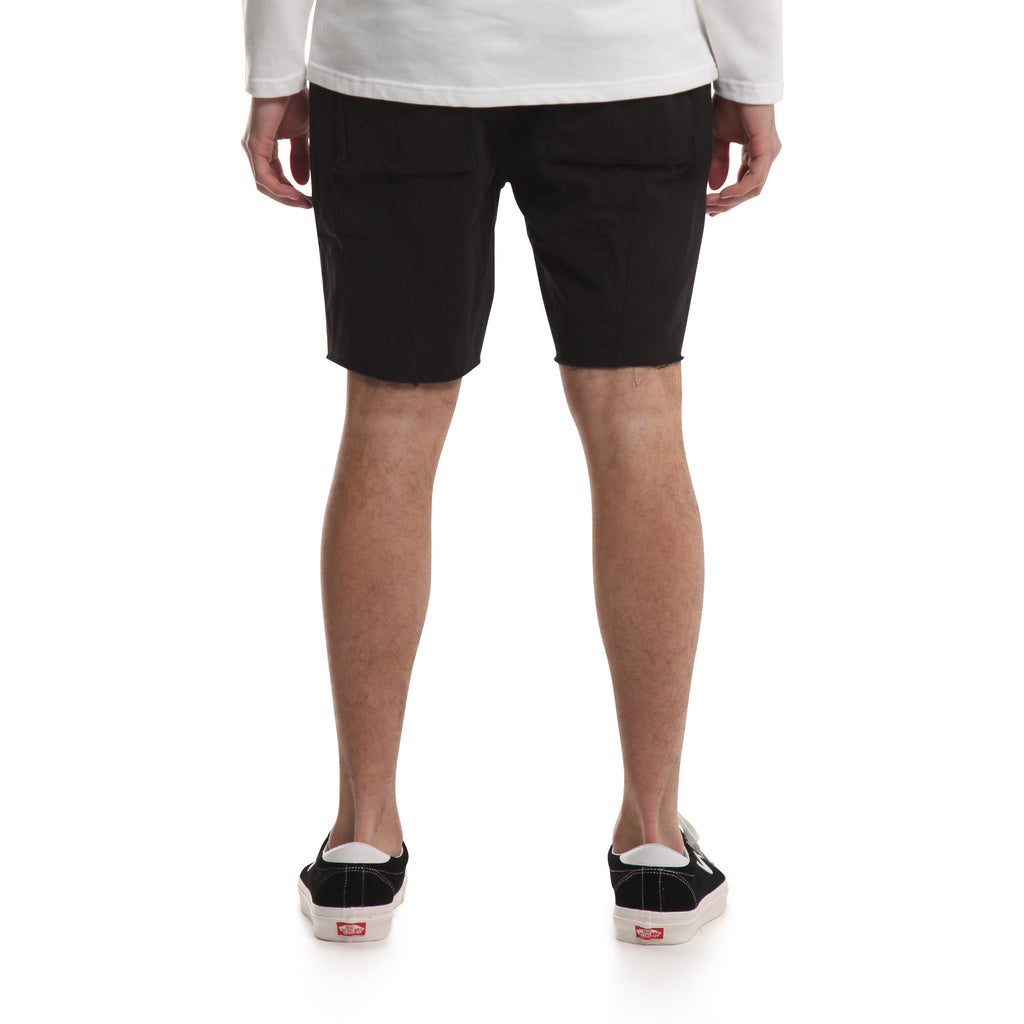PUBLISH MICK SHORT (BLACK)