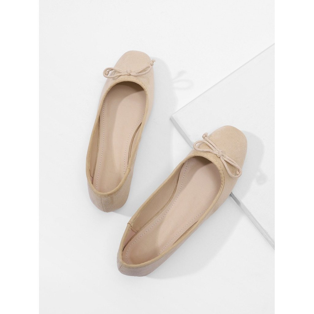 Bow Decorated Ballet Flats