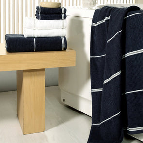 Unisex Set of 6 Solid 500 GSM Towel Set - Wooden Home Decor