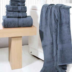 Unisex Navy Blue Set of 6 550 GSM Towels - Wooden Home Decor