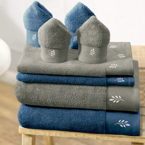 Blue & Grey Set of 8 600 GSM Cotton Bath Towels - Wooden Home Decor