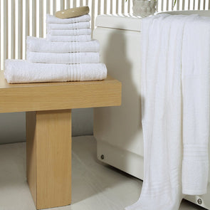White Set of 8 450 GSM Towels - Wooden Home Decor