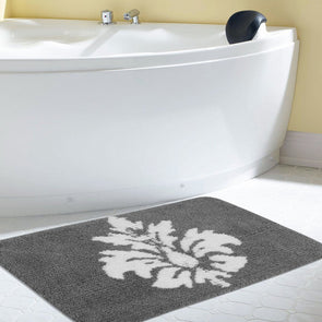 Grey & White Rectangular Bath Rug - Wooden Home Decor