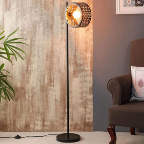 Isabella floor lamp in metal finish - Wooden Home Decor