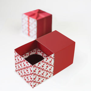 Gift Box with Free Cupcake Insert - Candy Cane Red 6pc