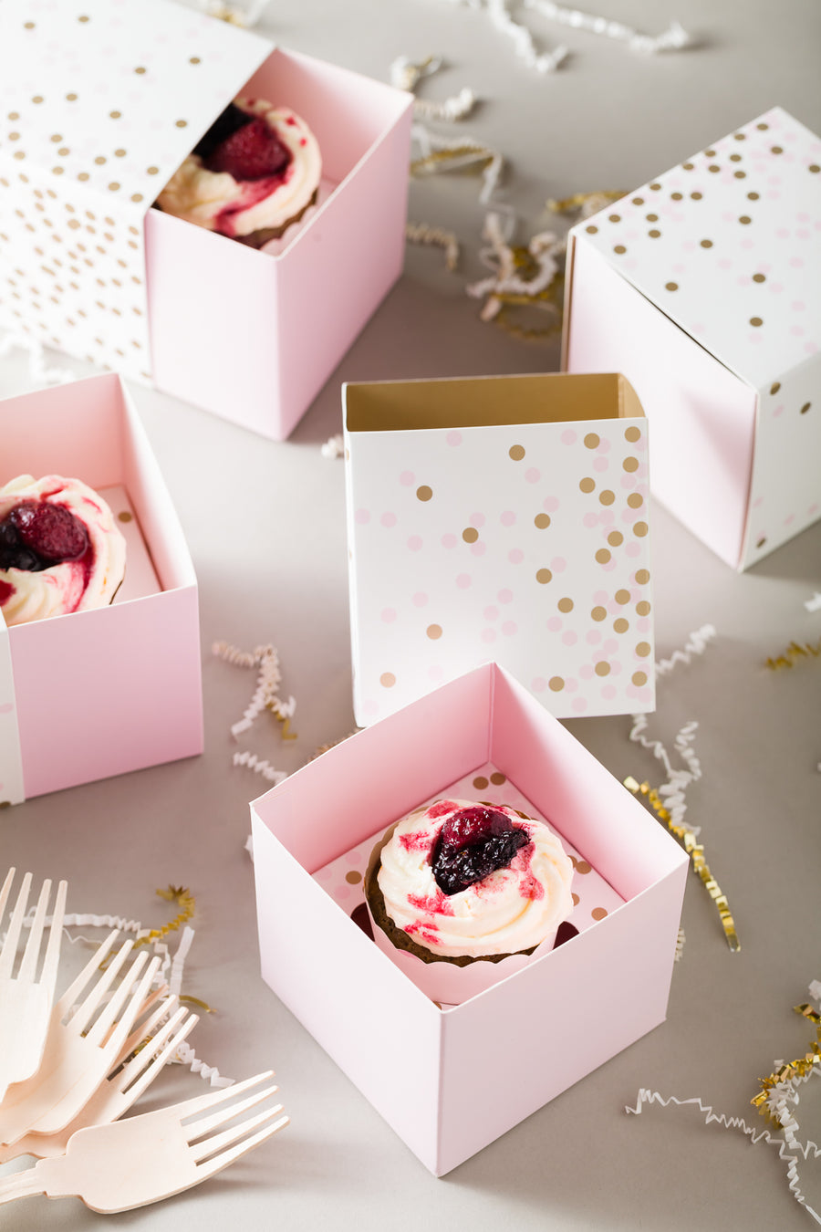 Gift Box with Free Cupcake Insert - Pink Confetti 6pc
