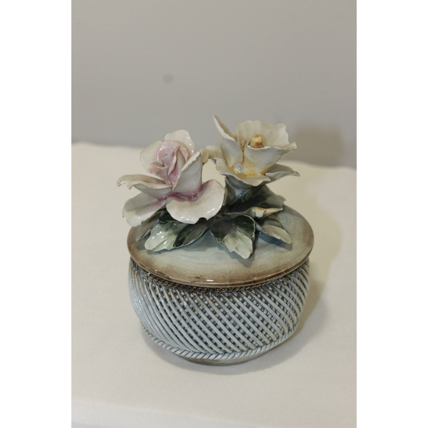 Home Decor Flower Pot - Trestina