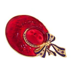 Rio - Red Hat Brooch - Trestina