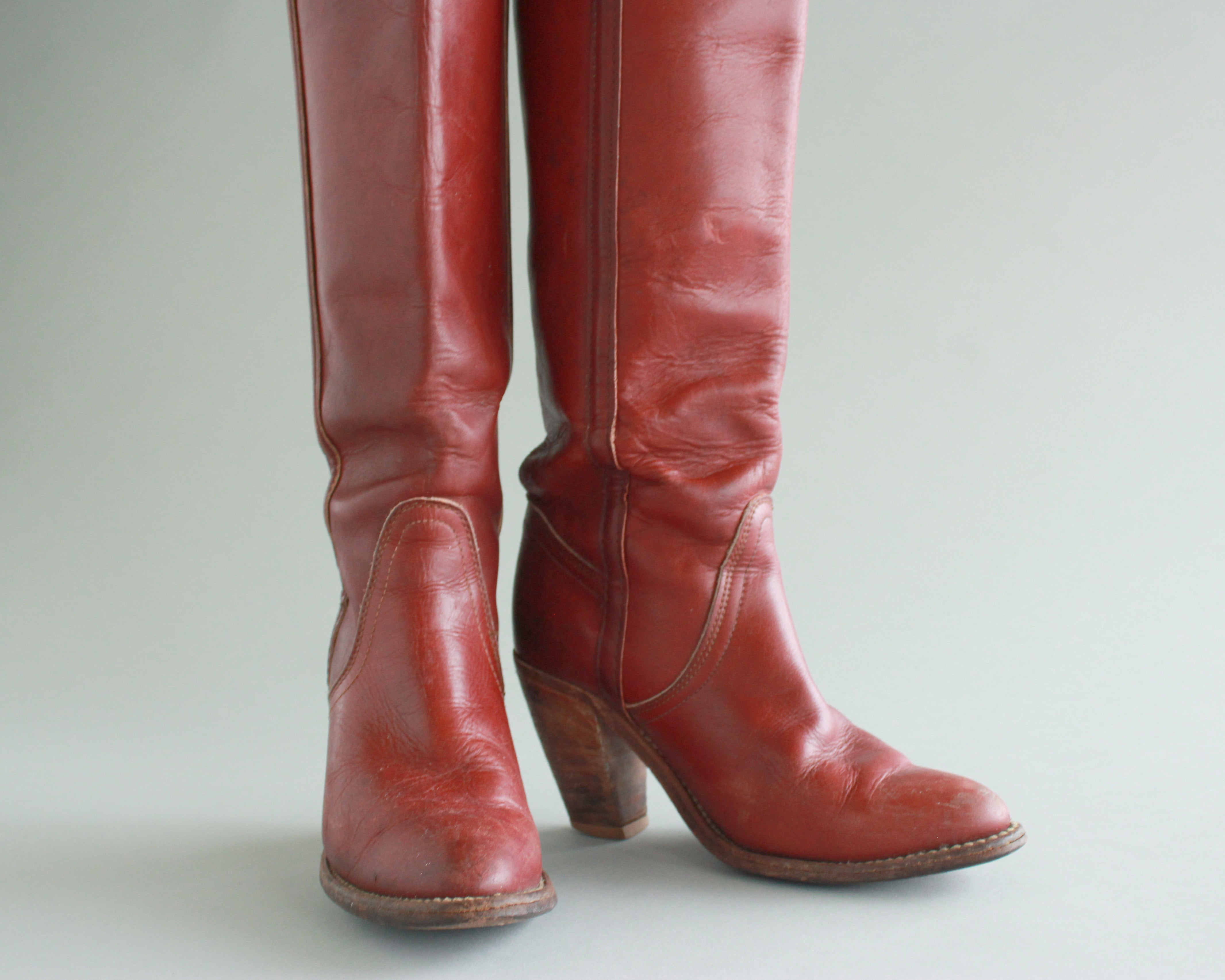 Frye Sz 5.5 B Vintage Mid Calf Brown Genuine Leather 1980s Women Pull On Cowgirl Boots.