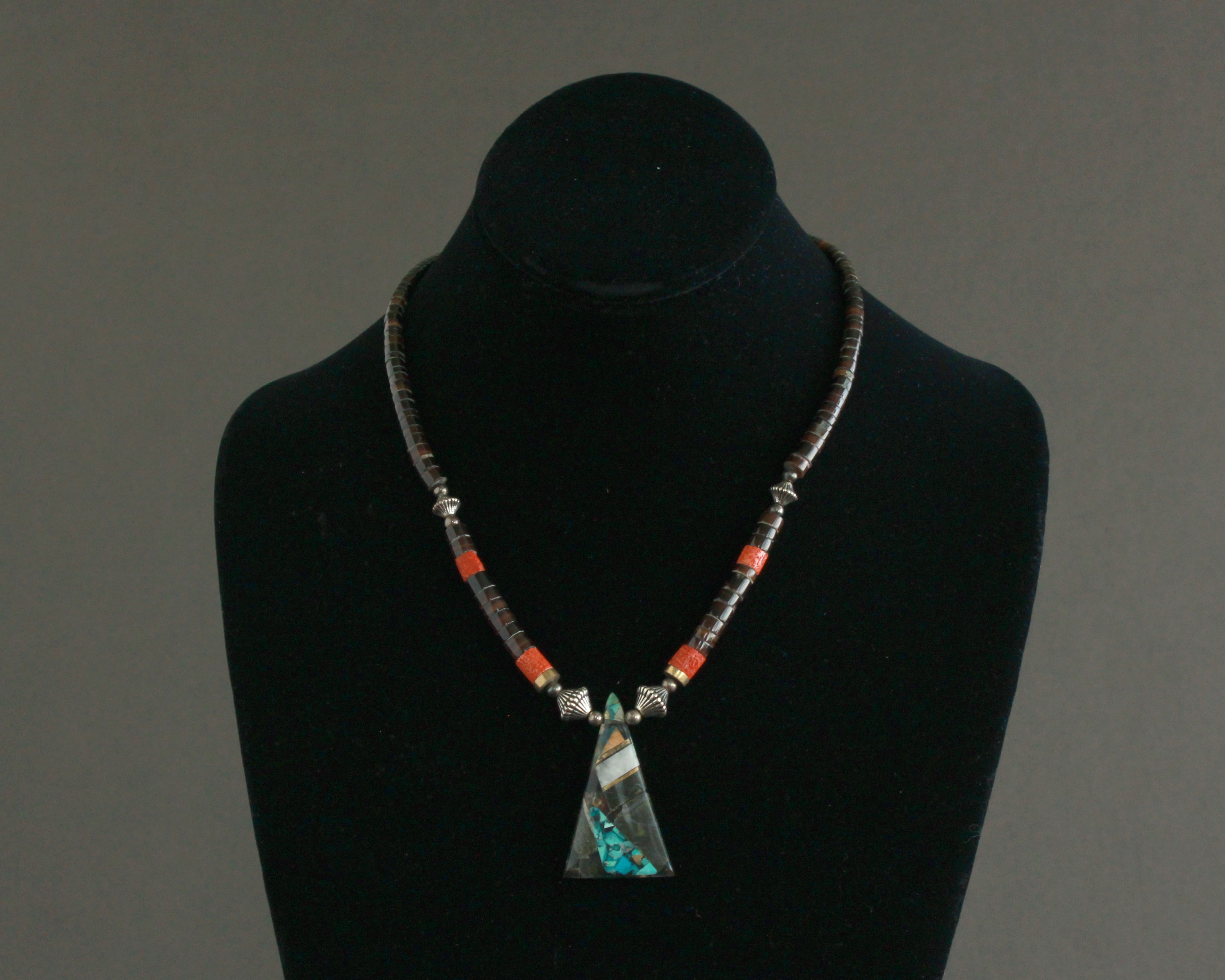 1970's coral and pen shell necklace with pendant