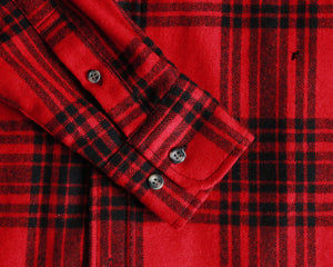 Red and black wool plaid shirt men's size small