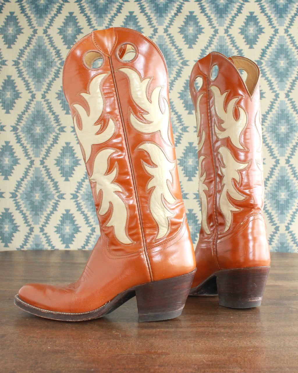 Vintage scroll inlay cowboy boots womens size 5.5 B